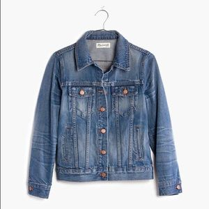 Madewell Denim Jean Jacket in Pinter Wash F0370